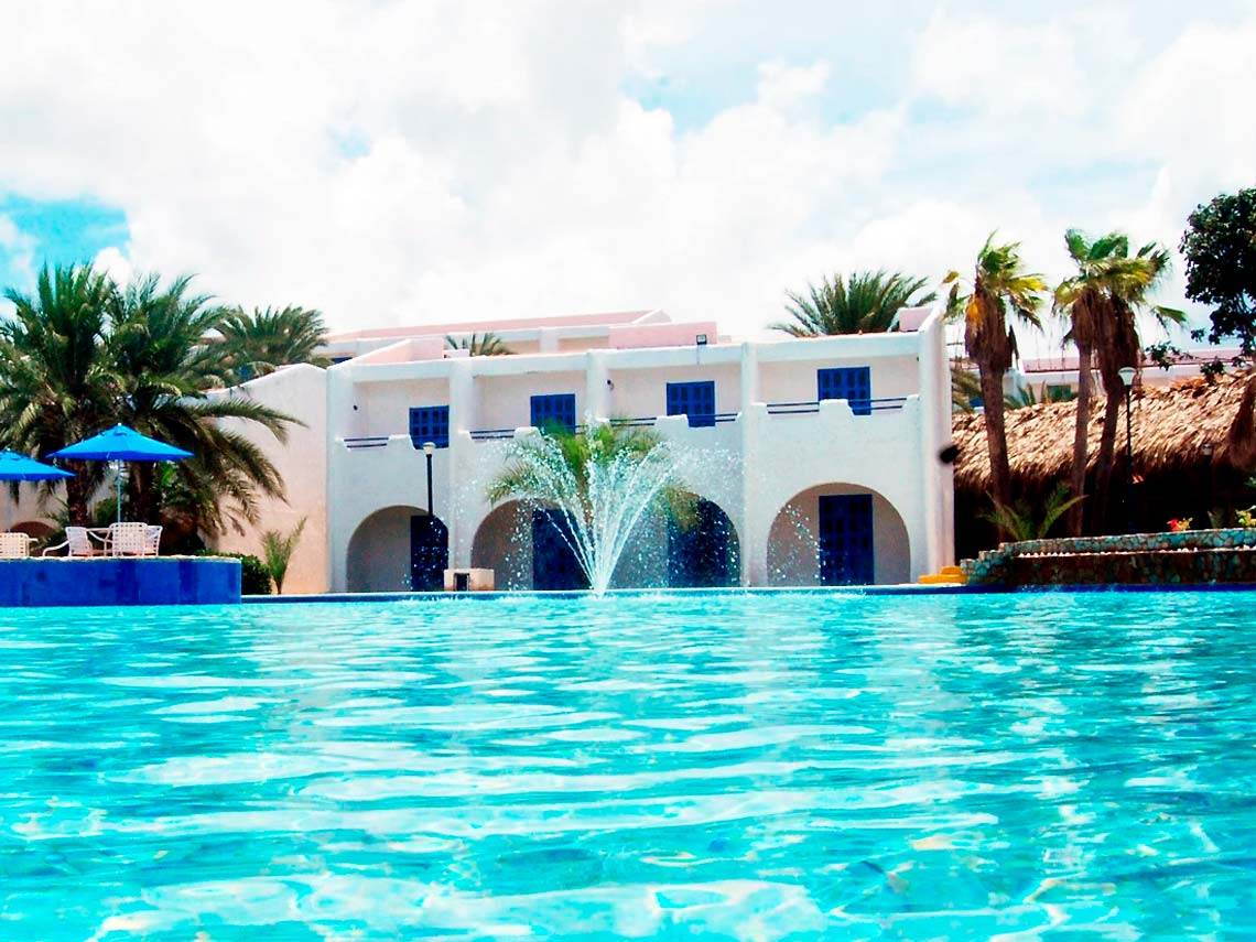 Costa Caribe Hotel Beach Resort - Piscina